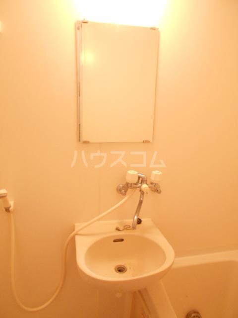 アビテM 102号室の洗面所