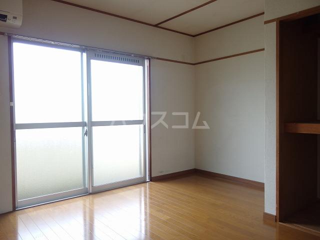 第二唐沢コーポ 201号室のバルコニー
