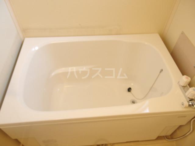 第二唐沢コーポ 201号室の風呂