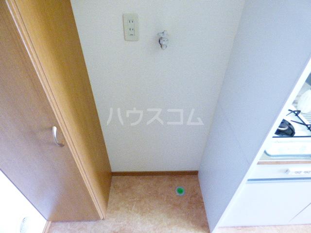 ドゥミル津田沼 206号室の