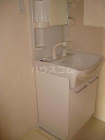 コートビレッジ六番館 105号室の洗面所