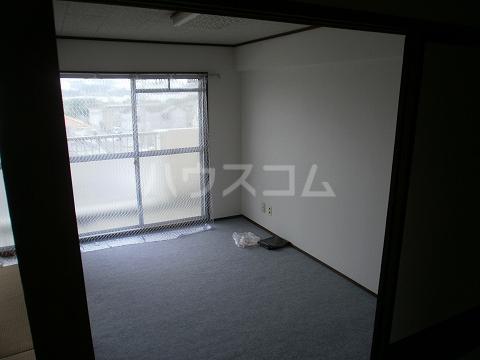 ハイツとりいち 103号室の居室