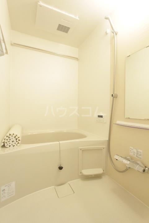 GRAND D-room豊田月見 102号室の風呂