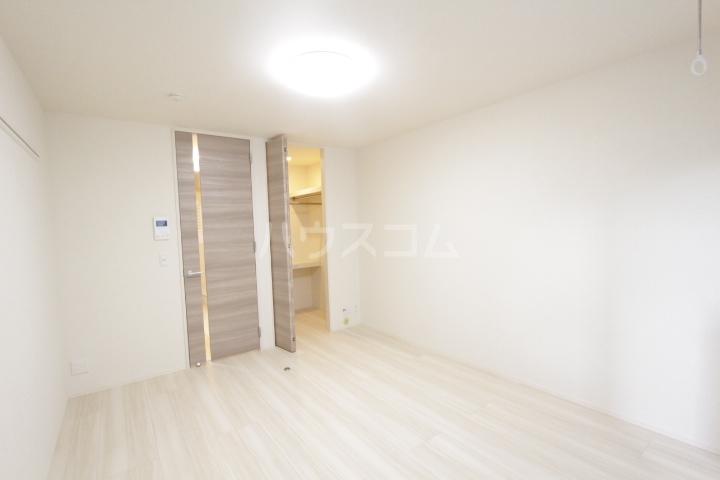 GRAND D-room豊田月見 202号室のリビング