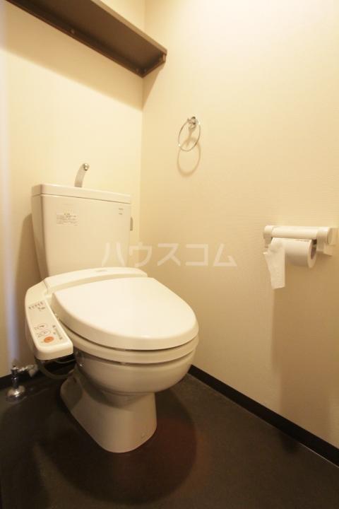 ヴァンクール豊田 804号室のトイレ