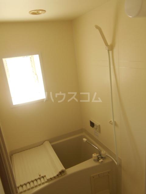 コーポ鳥山 302号室の風呂