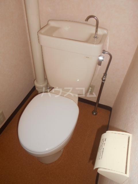 コーポ鳥山 302号室のトイレ