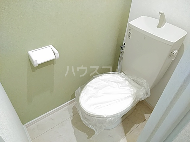 第二守牧ビル 407号室のトイレ