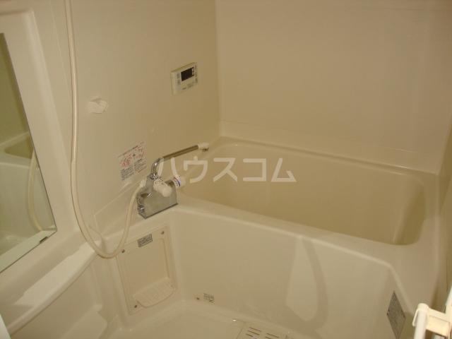 メゾンつばくろⅡ 102号室の風呂