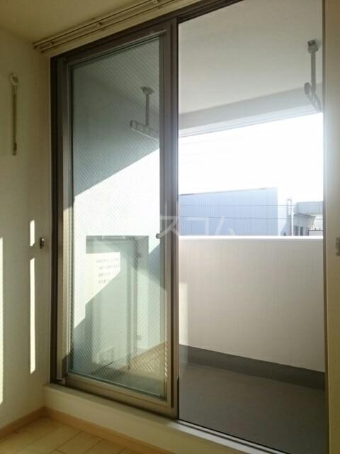 トレス中田 04020号室のバルコニー