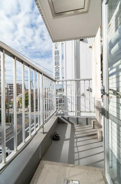 トップ横浜蒔田 301号室のバルコニー