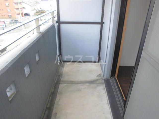NAKANE MANSION (ナカネマンション) 205号室のバルコニー