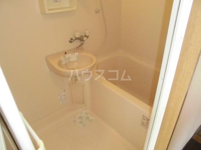 NAKANE MANSION (ナカネマンション) 205号室の風呂