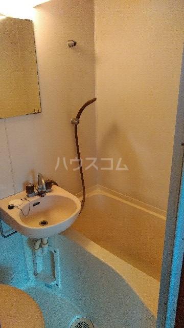コトニアル木下 306号室の風呂