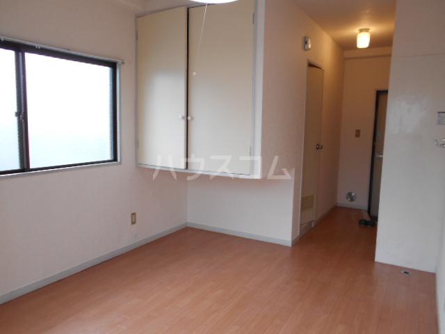 メゾンブランシュ 201号室の居室