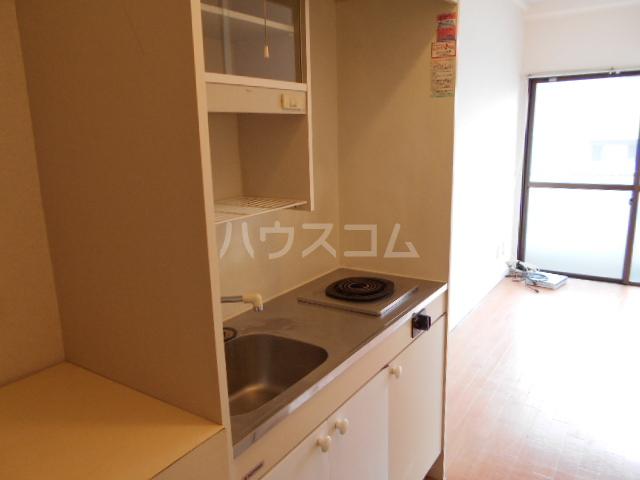 メゾンブランシュ 201号室のキッチン