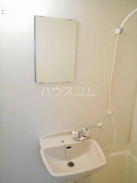 フォレスト平和 102号室のトイレ