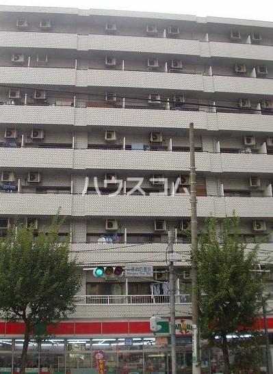 いづみニッテイハイツ北新宿の外観