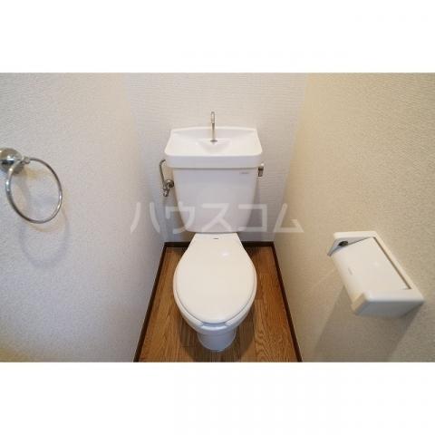 ラプラス坂下2 0107号室のトイレ