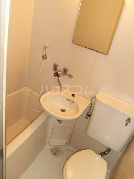 TOP高島平第3 102号室の風呂