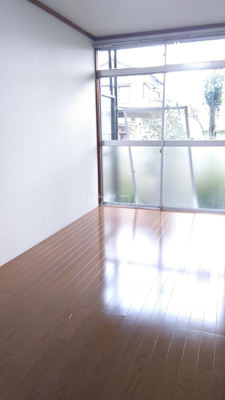 熊谷総和ハイツ 103号室のリビング