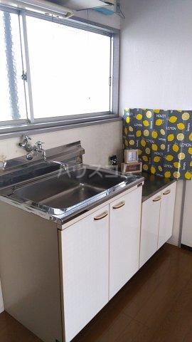 熊谷総和ハイツ 103号室のキッチン
