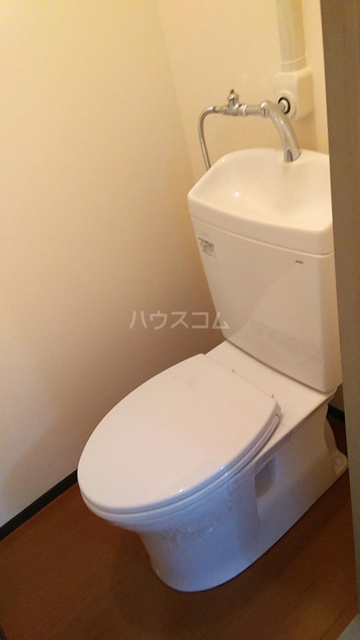 熊谷総和ハイツ 103号室のトイレ