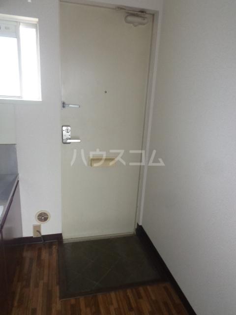 リバーシティー 21 205号室の玄関