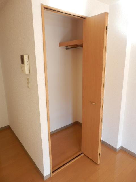 エターナル 303号室の収納