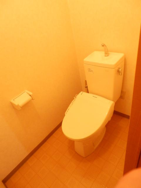 エターナル 303号室のトイレ