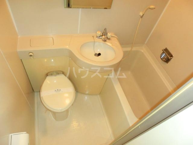 ベルトピア和泉大宮 302号室の風呂