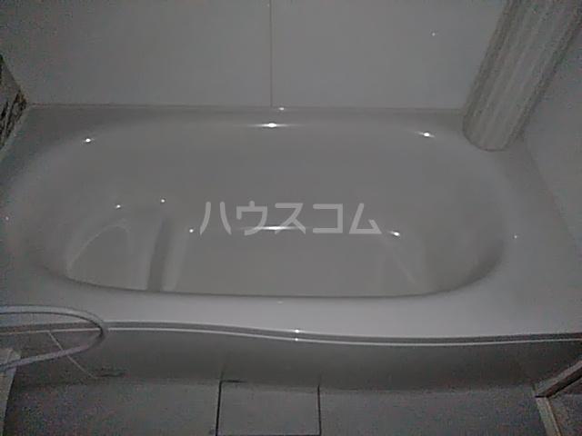 アルシオネ 305号室の風呂