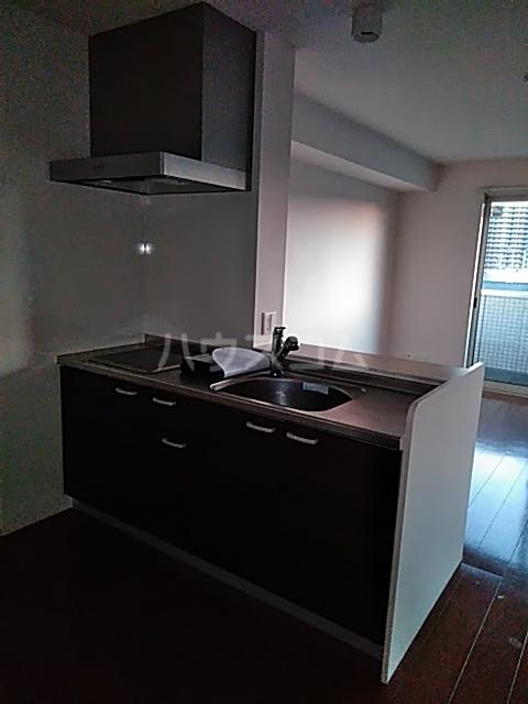アルシオネ 305号室のキッチン
