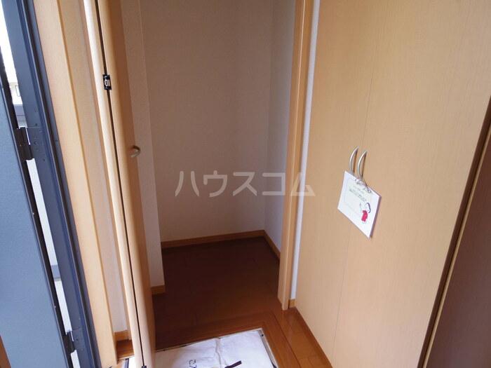 プレミール 201号室の収納