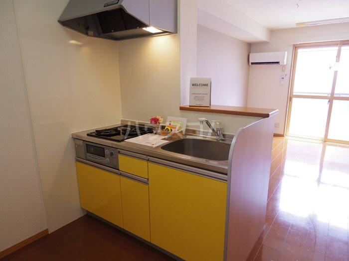プレミール 201号室のキッチン