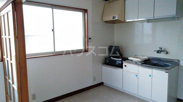 ハイツ秋元Ⅱ 205号室のキッチン