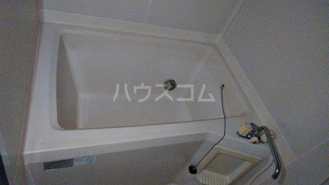 ハイツ秋元Ⅱ 205号室の風呂