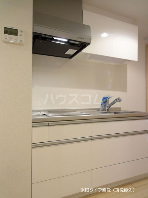 クオーレ メグ 02050号室のキッチン