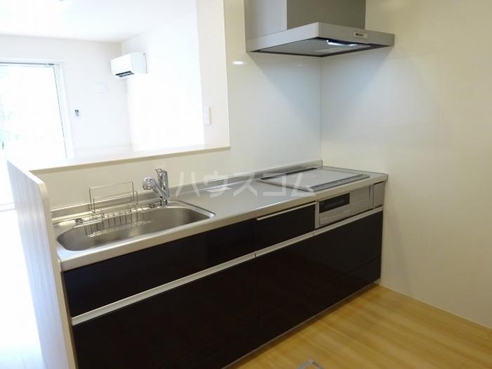グランマーレMITO D 101号室のキッチン