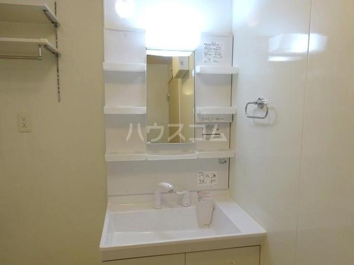 グランマーレMITO D 101号室の洗面所