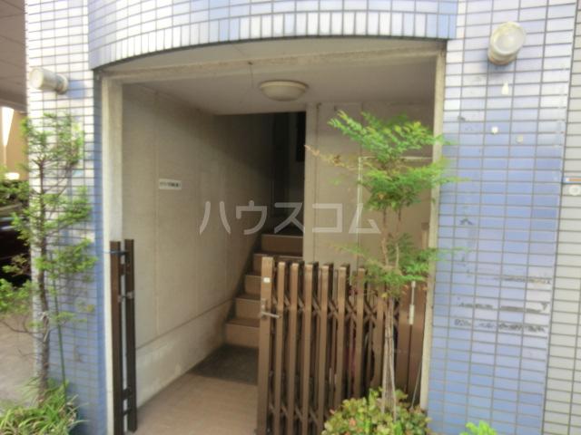 川島ビル 302号室のロビー