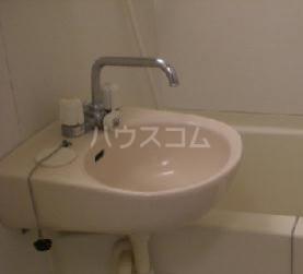 レオパレスリベルテ 101号室の洗面所