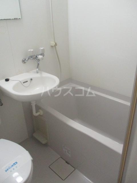 カーサ・フェルテ 203号室の風呂