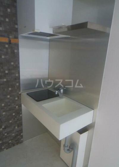 メゾン・ド・セニュール 110号室のキッチン