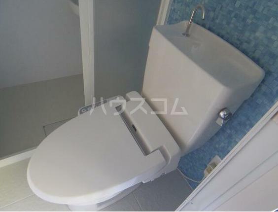 メゾン・ド・セニュール 110号室のトイレ