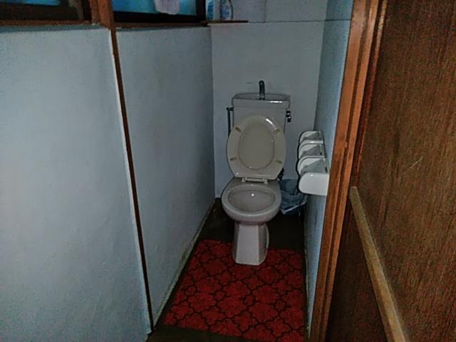 三橋トヨ子アパート 1-6号室の玄関