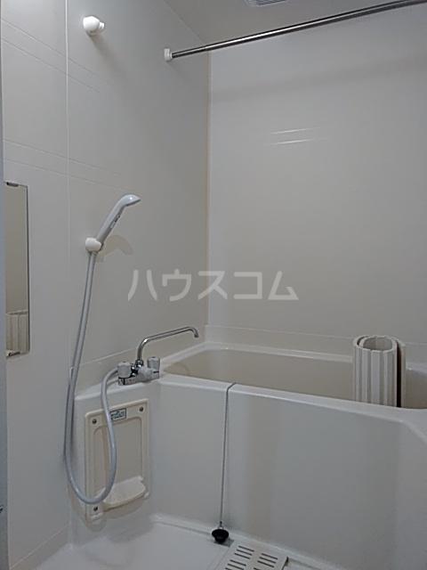 ピュアライフうるおい 102号室の風呂