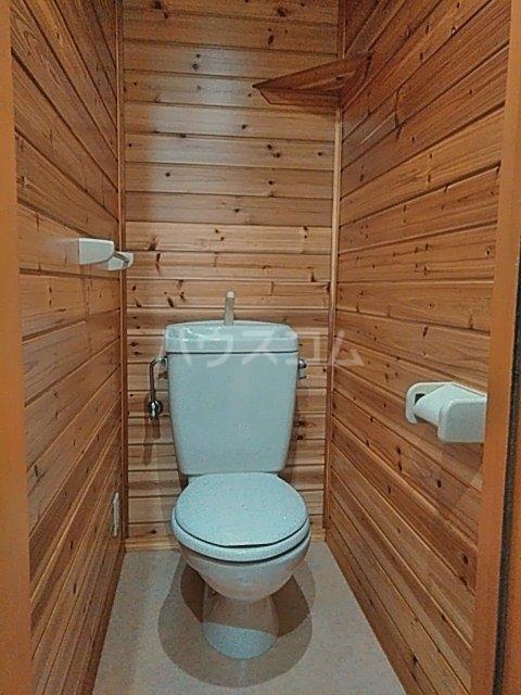 ピュアライフうるおい 102号室のトイレ