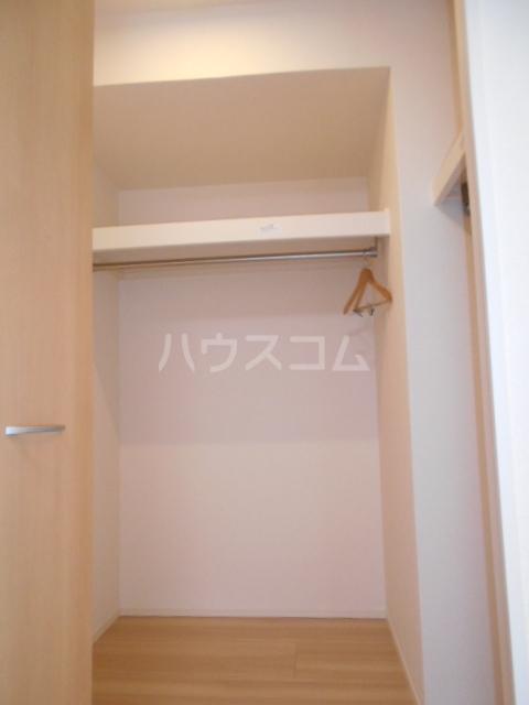 プラティーク安良田 205号室の収納