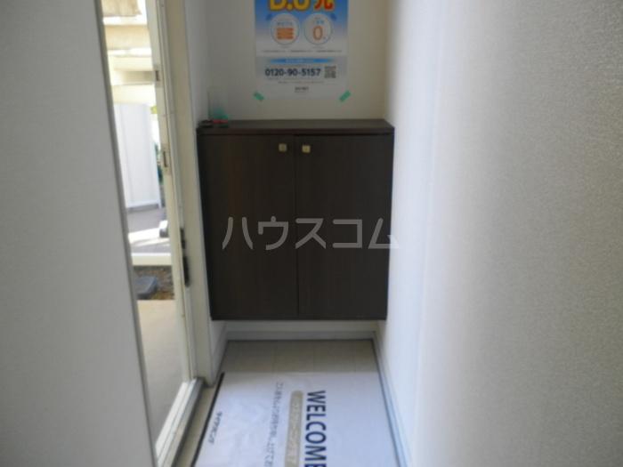 セジュール芝 C103号室の玄関